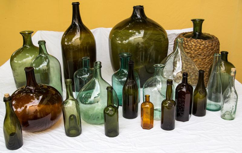 antike flasche mineralwasser 19 jhd waldglas pontil bottle siegel soultzbach. Black Bedroom Furniture Sets. Home Design Ideas